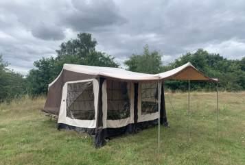 Caravan Camp-Let Schorschi in Mölln huren van particulier