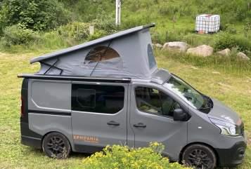 Kampeerbus Peugeot Traffic Kompanja in Wuppertal huren van particulier