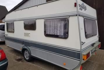 Caravan Fendt Piet in Kölln-Reisiek huren van particulier