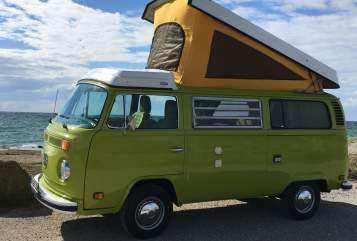 Kampeerbus Volkswagen Heinrich in Mönkhagen huren van particulier