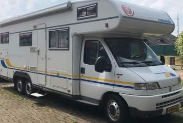 Alkoof Fiat Euramobil Fiat Eura Mobil in Zwaagwesteinde huren van particulier