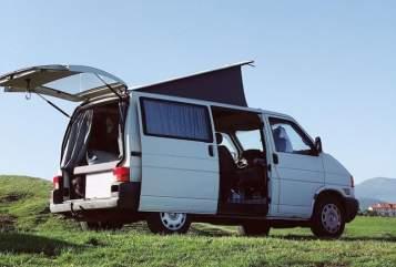 Kampeerbus Volkswagen Freddie in Den Haag huren van particulier