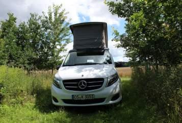 Kampeerbus Mercedes Benz Polo in Osnabrück huren van particulier