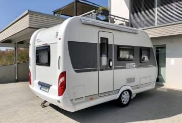 Caravan Hobby Schwalbennest in Ilsfeld huren van particulier