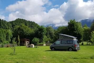 Kampeerbus VW Flotter Hansi in München huren van particulier