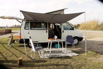 Buscamper Volkswagen  Camperbus in Lent huren van particulier