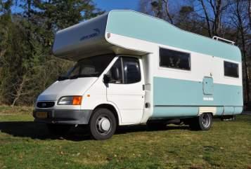 Alkoof Ford  VT wonen camper in Apeldoorn huren van particulier