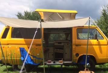 Kampeerbus Volkswagen Bussiebij,  in Well huren van particulier