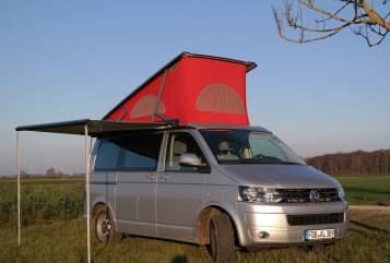 Kampeerbus Volkswagen Sonnen-Bus in Mering huren van particulier