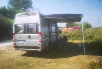 Buscamper La Strada Stradi in Achterwehr huren van particulier
