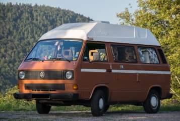 Kampeerbus Volkswagen Renate in Freiburg im Breisgau huren van particulier