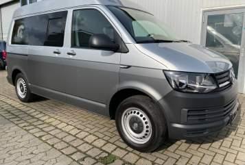 Kampeerbus VW Achilles in Cremlingen huren van particulier