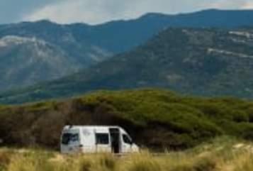 Buscamper Mercedes - Benz July in Abcoude huren van particulier