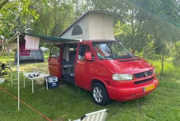 Kampeerbus VW  Red Van in Utrecht huren van particulier
