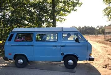 Kampeerbus VW De Smurf in Zelhem huren van particulier