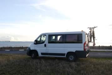 Kampeerbus Citroen Jumper Le Bus in Schwäbisch Hall huren van particulier