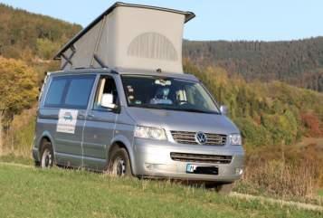 Kampeerbus VW Sonnendach in München huren van particulier
