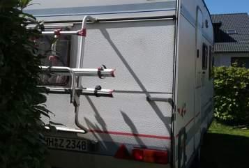Caravan Bürstner Wohnwagen Bürstner Holliday 420, mit Mover, autark durch Solar und Bordbatterie in Hamburg huren van particulier