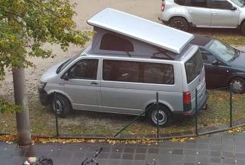 Kampeerbus Volkswagen LP-Camper in Nürnberg huren van particulier