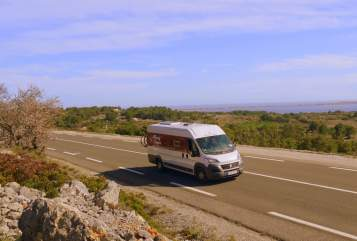 Buscamper Fiat Moving Camper  in Augsburg huren van particulier