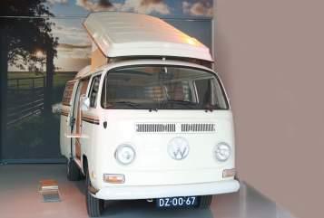 Kampeerbus Volkswagen Bus Ibiza in Drachten huren van particulier