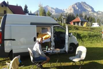 Kampeerbus Renault Timmy in Salzburg huren van particulier