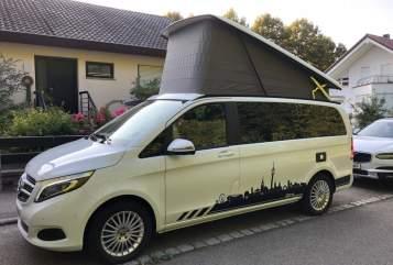 Kampeerbus Mercedes Weißer-Blitz in Stuttgart huren van particulier