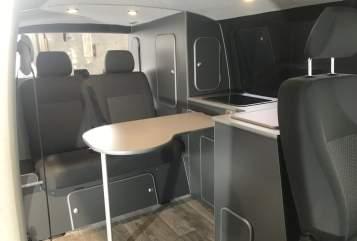 Kampeerbus Volkswagen CamperCult in Hannover huren van particulier