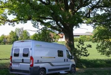 Buscamper Hymer Car Free in Hebertsfelden huren van particulier