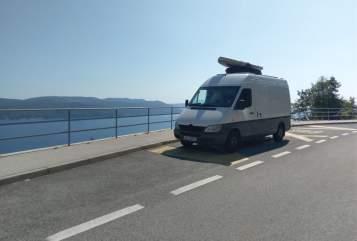 Buscamper Mercedes Benz  Josi in Kiel huren van particulier