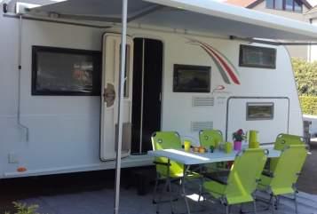 Caravan Bürstner Green Lounge in Ofterdingen huren van particulier