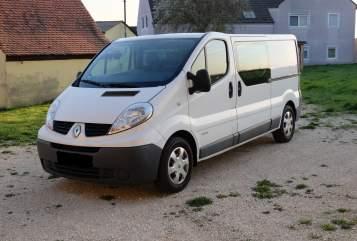 Buscamper Renault Adventurecamper in Korntal-Münchingen huren van particulier