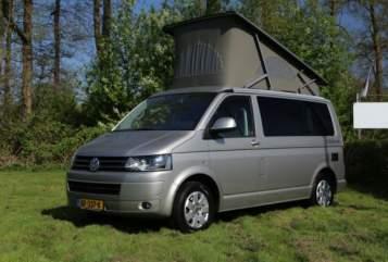 Kampeerbus Volkswagen Cali in Kraggenburg huren van particulier
