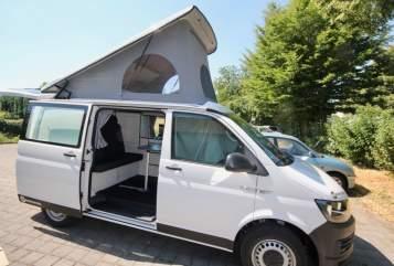 Kampeerbus Volkswagen NEU: Bummi in Kalletal huren van particulier