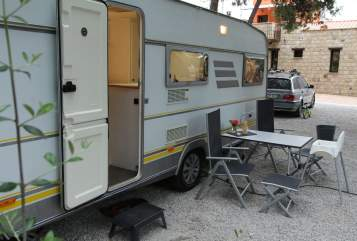 Caravan Eriba Emma for Family in Stephanskirchen huren van particulier