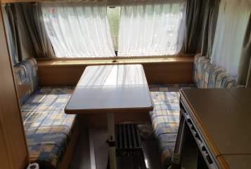 Caravan eifelland  top Wohnwagen  in Alheim huren van particulier