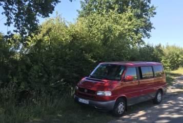 Kampeerbus Volkswagen Der rote Salon in München huren van particulier