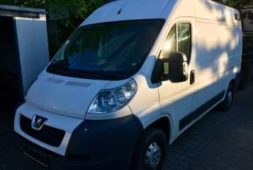 Buscamper Peugeot Bertha in Unterhaching huren van particulier