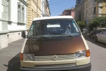 Kampeerbus Volkswagen Armin in Weimar huren van particulier