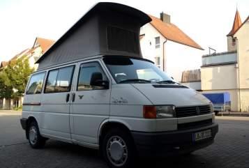 Kampeerbus Volkswagen BusleCalifornia in Markgröningen huren van particulier