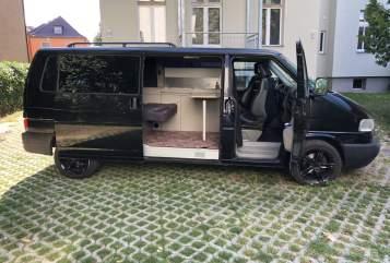 Kampeerbus Volkswagen Mr. T in Berlin huren van particulier