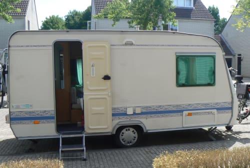 Caravan Adria Adria PH 430 in Breda huren van particulier