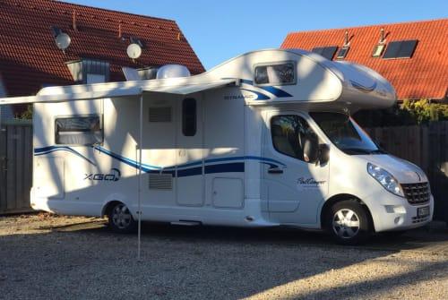 Alkoof Renault Schusterscamper in Herford huren van particulier