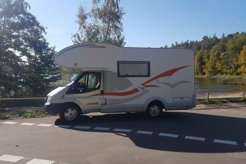Alkoof Eura Mobil Scholly  in Kiel huren van particulier
