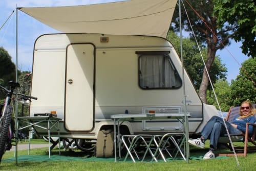 Caravan Adria Prima 330 Adria Caravan in Mieming huren van particulier