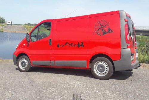 Kampeerbus Renault Red Trafic in Schwesing huren van particulier