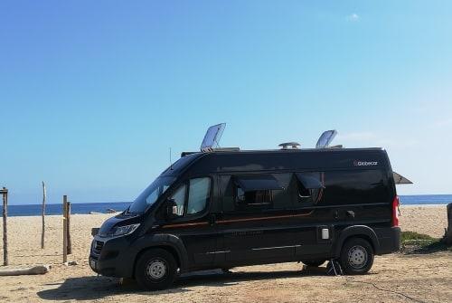 Buscamper Globecar  Black Pearl in Amt Lensahn huren van particulier