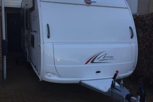 Caravan Burstner Familie caravan in Nieuwleusen huren van particulier