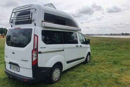 Buscamper Ford Nugget in Potsdam huren van particulier