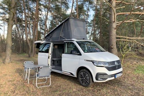 Kampeerbus VW HotelCalifornia in Werder huren van particulier
